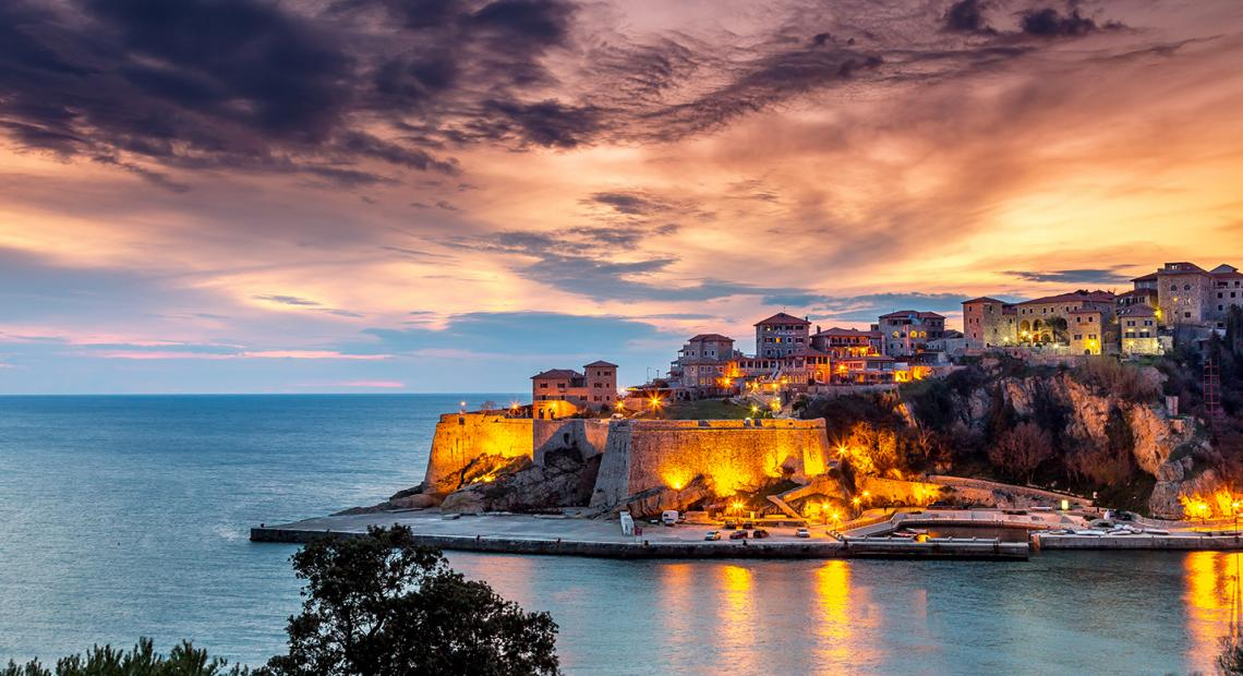 The Long Beach Hotel Montenegro , Ulcinj