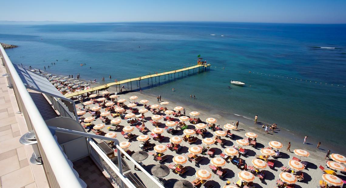 Aragosta Hotel & Restaurant ****, Durres